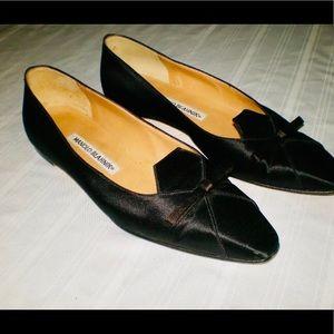 MANOLO BLAHNIK Sz 36.5 Black Satin Ballet Flats